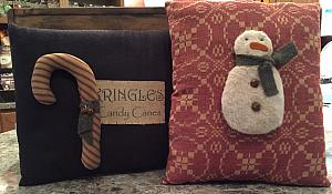 #SCCPCS1116 Set of 2 Christmas Pillows